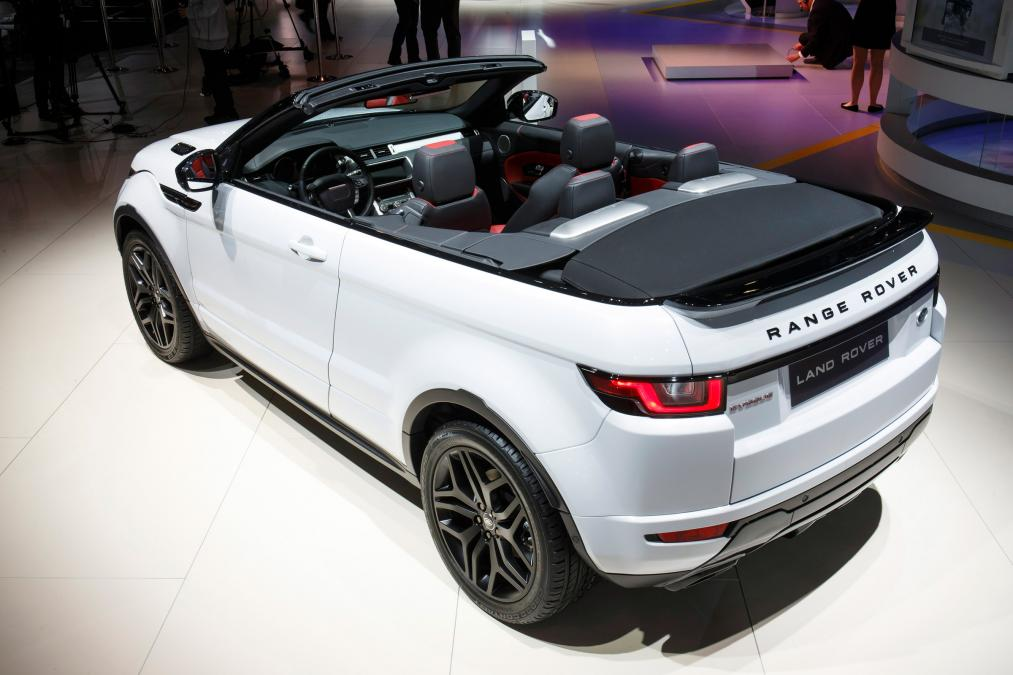 land rover have made a range rover that takes its top off. Black Bedroom Furniture Sets. Home Design Ideas