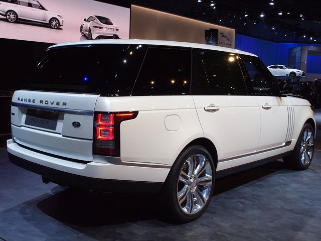 the return of the long wheel base for range rover. Black Bedroom Furniture Sets. Home Design Ideas
