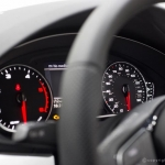 audi-a4--saloon-2.0tds-line-s-tronic-speedometer