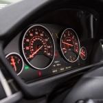 bmw-420d-convertible-dials