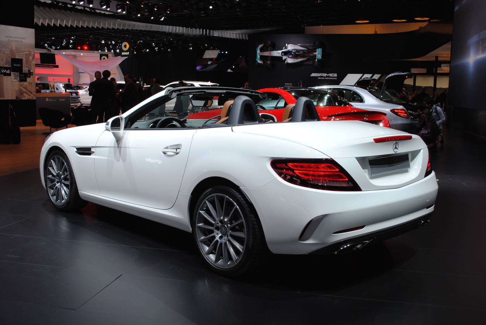 Mercedes benz drops the k and showcases the new slc at for Slc mercedes benz