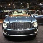 bentley_suv_grille