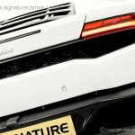 signature-car-hire-lamborghini-huracan-back-view-with-logo