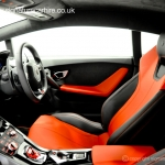 signature-car-hire-lamborghini-huracan-interior