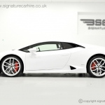 signature-car-hire-lamborghini-huracan-side-view