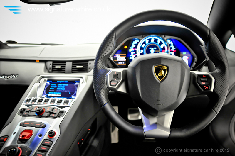 lamborghini choses huracan as the name for new model. Black Bedroom Furniture Sets. Home Design Ideas