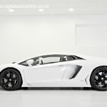 signature-lamborghini-lp700-aventador-side