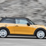 mini-hatchback-side-profile-tracking