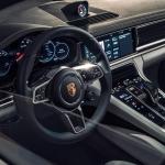 signature-car-hire-porsche-panamera-9