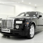 rolls-royce-phantom-black-front-side