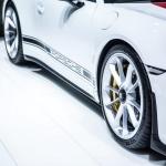 geneva-motor-show-porsche-911R-4