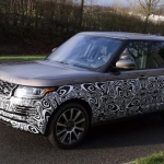 new-range-rover-signature-car-hire-3