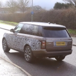 new-range-rover-signature-car-hire-6