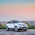 range-rover-signature-car-hire-3