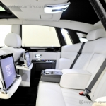 signature-car-hire-rolls-royce-phantom-back-seats