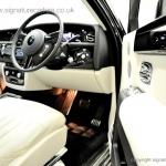 signature-car-hire-rolls-royce-phantom-driver-view