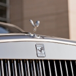rolls_royce_phantom_drophead_olympic_edition_badge