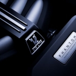 V12-new-phantom