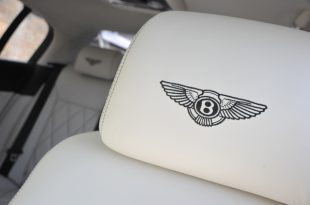 bentley-flying-spur-speed-insideback-headrest