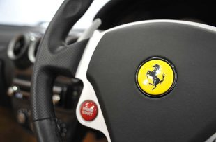 ferrari-F430-Spider-steer-wheel