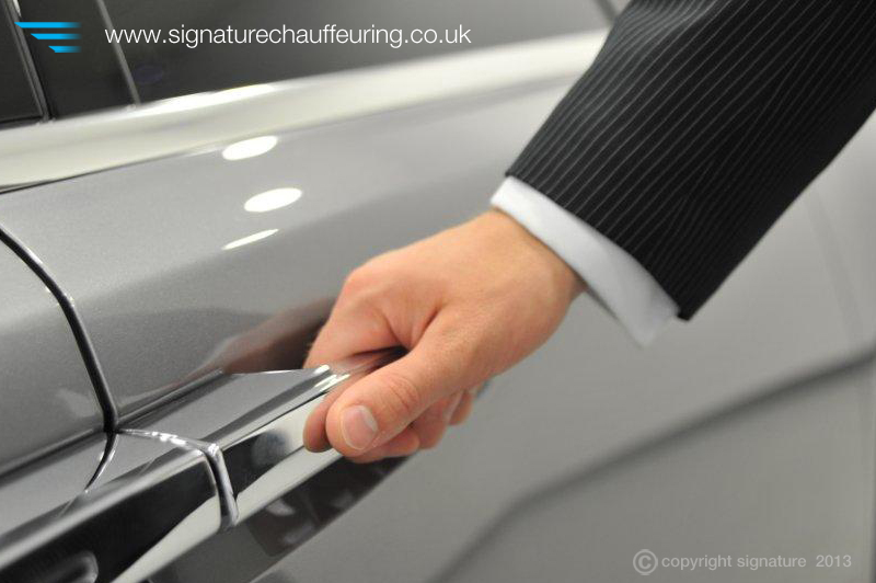 Signature Chauffeur Hand