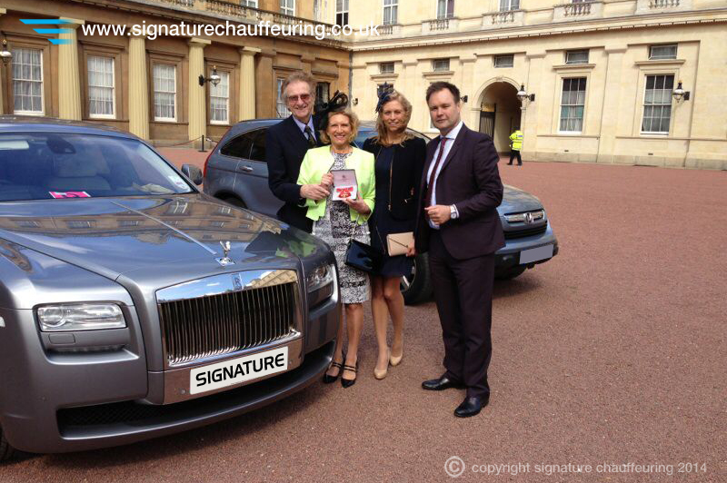 signature-chauffeuring-buckingham-palace