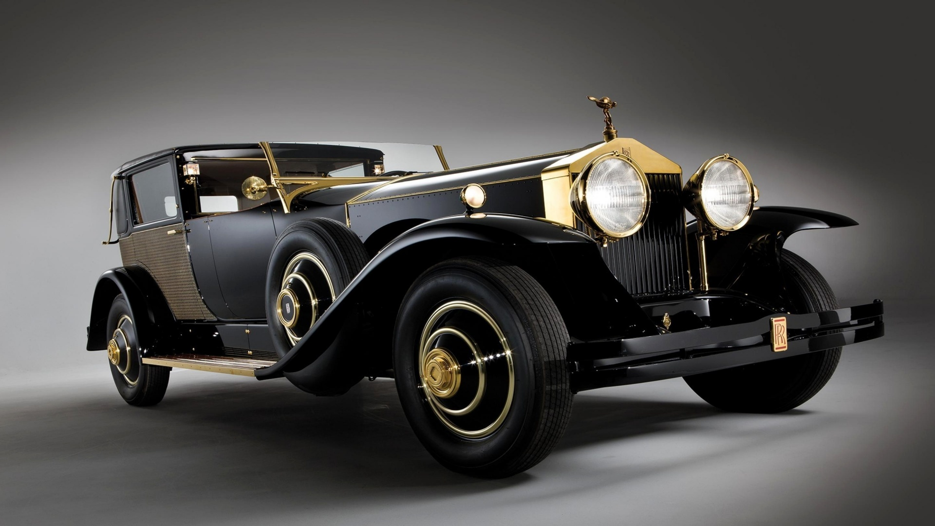 The heritage of rolls royce for Rolls royce auto