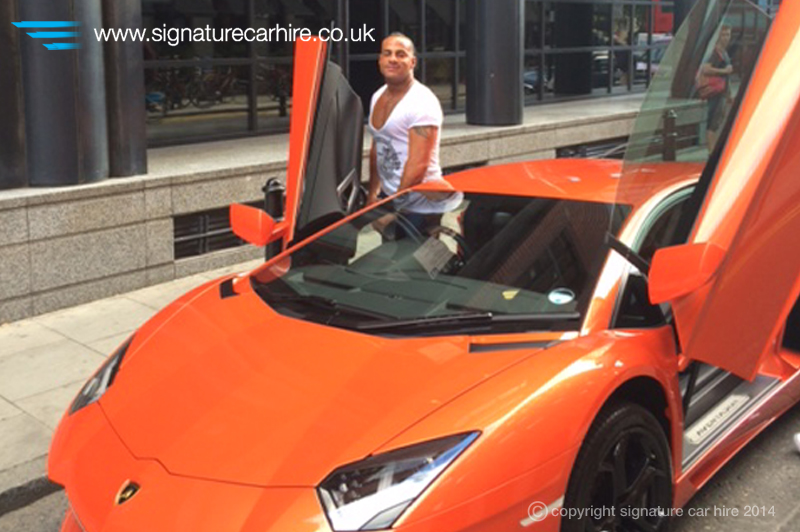 signature-car-hire-lamborghini-aventador-hire
