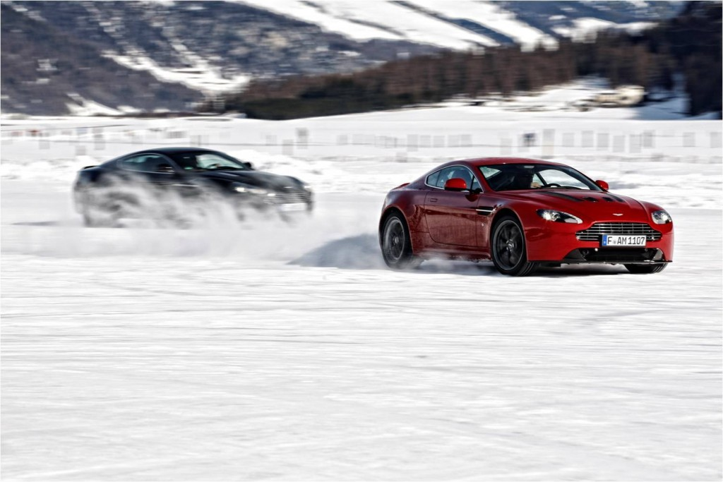 aston-martin-on-ice