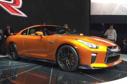 new-york-international-auto-show-nissan-gtr