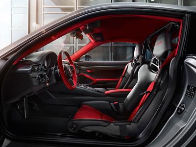 911_4_interior