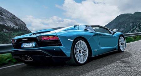 aventador-s-roadster-rear