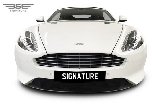 Aston Martin DB9 Volante Front View
