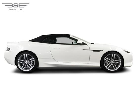 Aston Martin DB9 Volante Right View