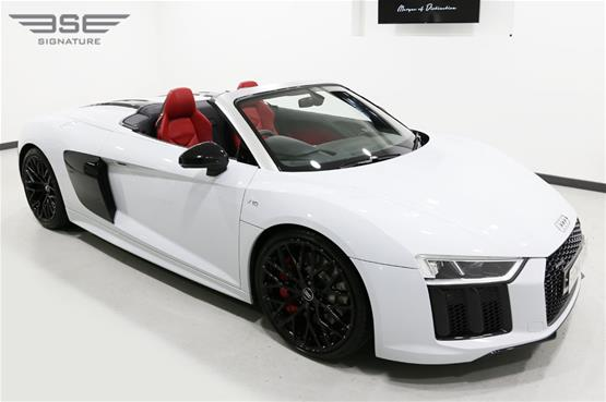 White Audi R8 V10 Spyder Right Front Roof Down View