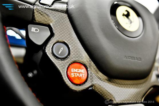 Ferrari 458 Spider Steering