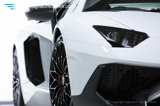 Lamborghini Aventador LP 750-4 SV Right Headlight