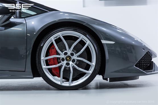 Lamborghini Huracan Spyder Front Alloys