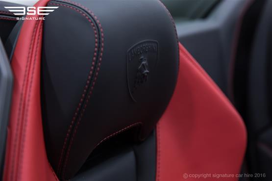 Lamborghini Huracan Spyder Headrest