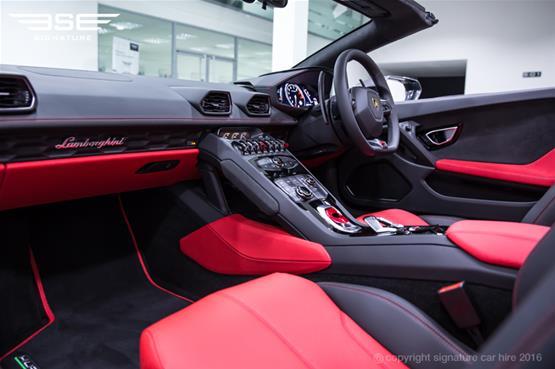 Lamborghini Huracan Spyder Passenger Seat View