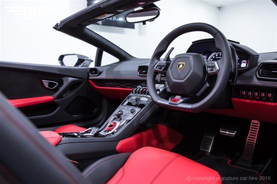Lamborghini Huracan Spyder Steering