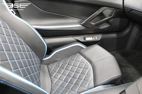 Lamborghini Aventador S Roadster Passenger Seat