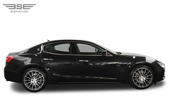 Maserati Ghibli Right View