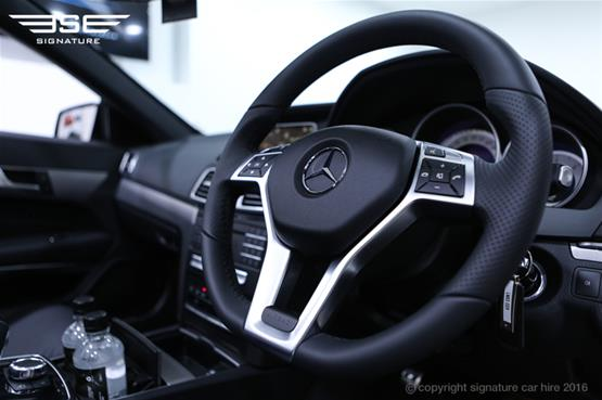 Mercedes Benz E220 AMG Cabriolet Steering Wheel