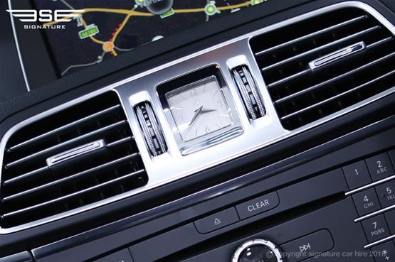 Mercedes Benz E220 AMG Cabriolet Dashboard Clock