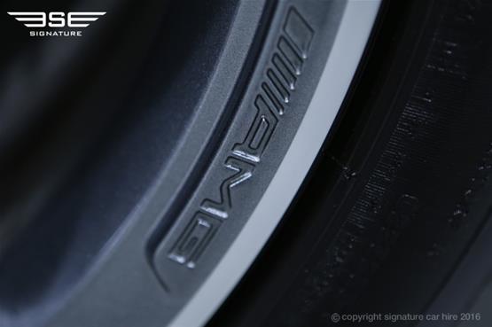 Mercedes Benz E220 AMG Cabriolet AMG Emblem on Alloys