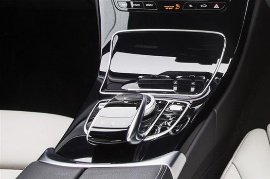 Mercedes-C300-6