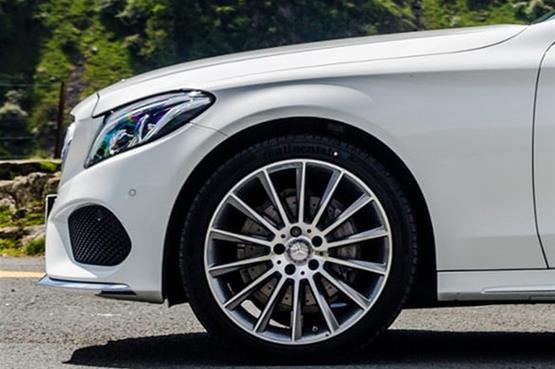Mercedes-C300-8