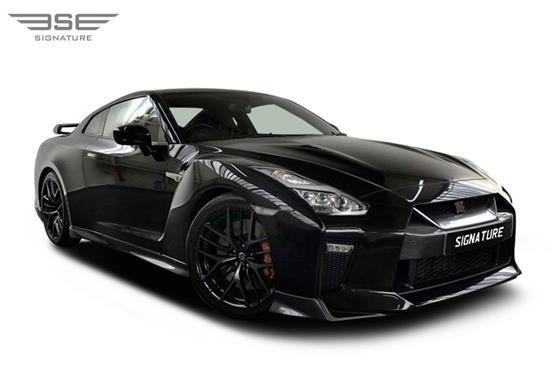 Hire Nissan-GTR