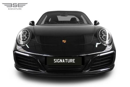Porsche-911-Targa-4S-front view